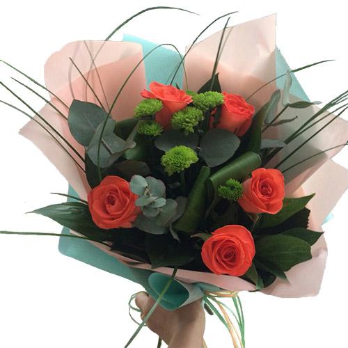 """Букет """"Алые паруса"""" розы и хризантемы"""